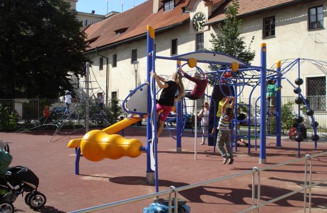 dětské hřiště Františkánská zahrada